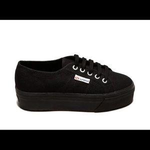 Superga black platform tennis shoes
